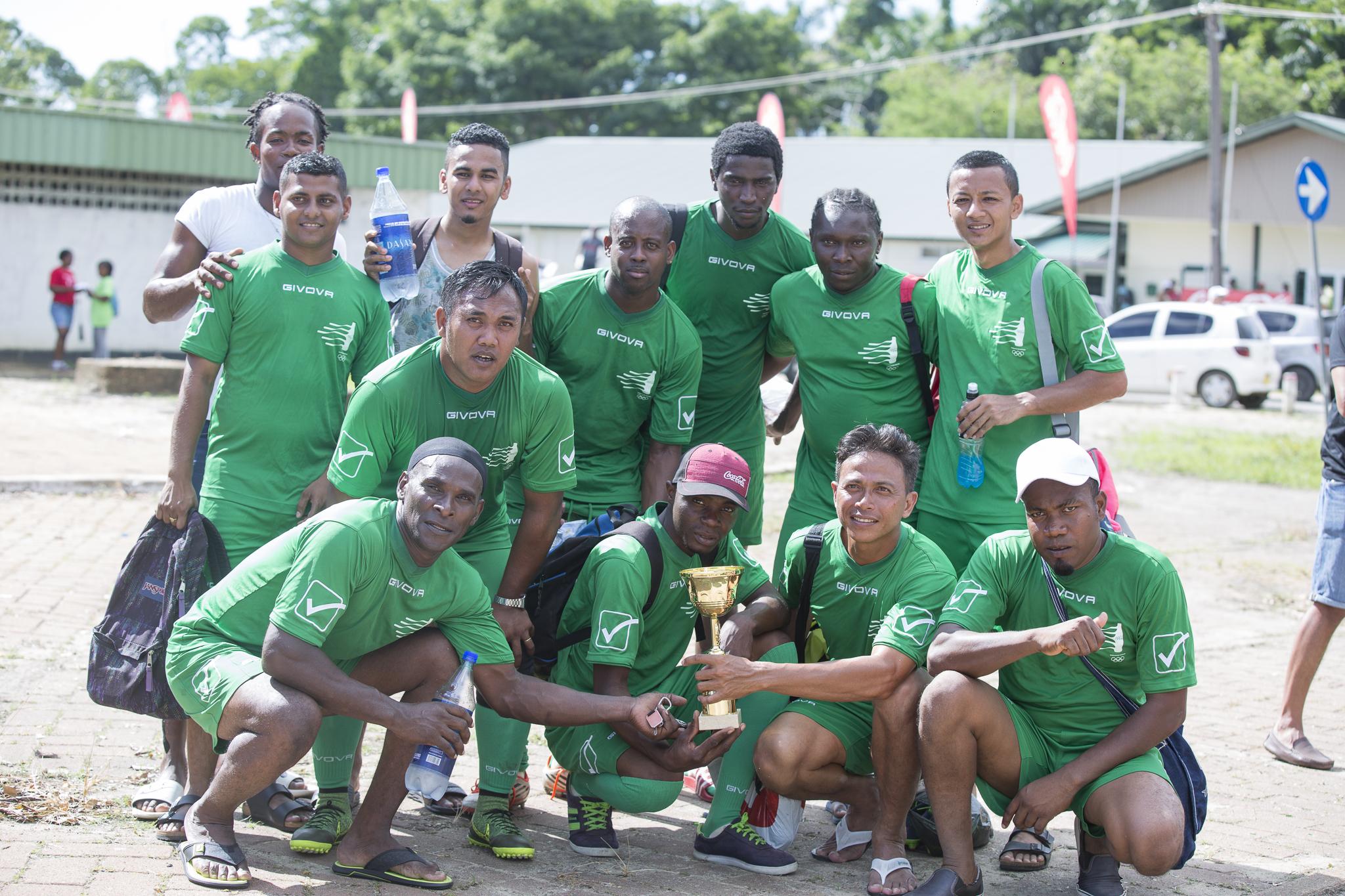 Nacio, het winnende voetbalteam van de Fernandes Group